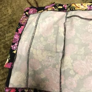 Forever 21 Skirts - Final Price Drop! Forever 21 Floral Mini Skirt